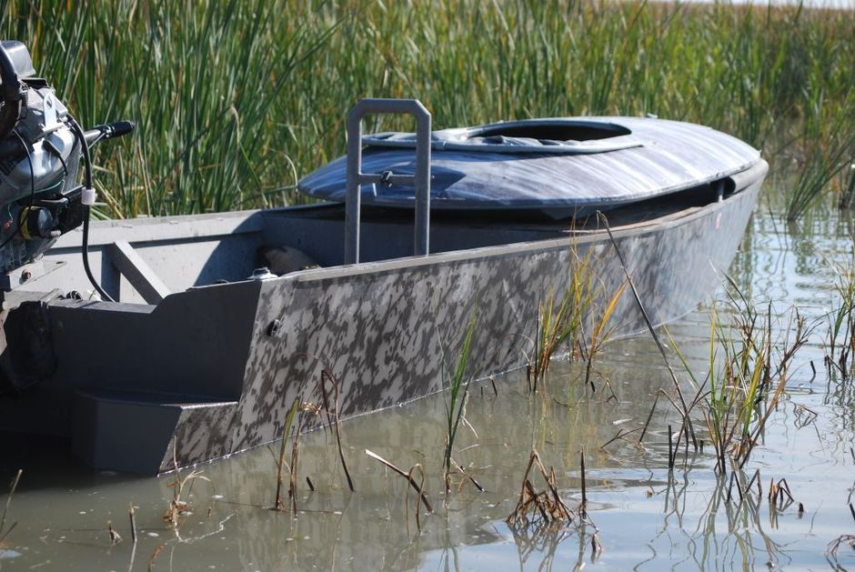 widowmaker-mudboat-wtih-layout-18x44_nat_gear